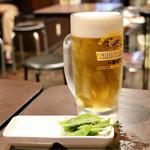 大阪ミナミのたこいち - たこ焼きセットの生ビール