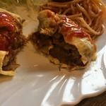レストラン 精養軒 - 牛タンカレーポテオムレツ