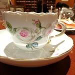 ホシヤマ珈琲店 - マイセン・ホワイトローズ   手描きです。
