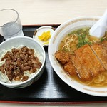 とん亭ラーメン - カツラーメン+ミニ焼肉丼セット:930円+400円