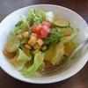 パスタ・ピアチェーレ   - 料理写真:おいしいにんじんドレッシングのサラダ(ハーフ)