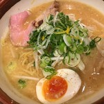 らー麺 潮騒 - 味噌ラーメン 750円