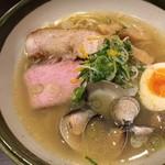 らー麺 潮騒 - 貝香る潮そば 850円☆