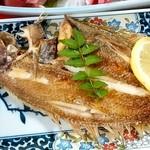 くろしお - くろしお@石巻 日替わり定食の焼魚
