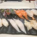 60193251 - 駿河三種盛、サーモン、活〆生海老、つぶ貝、太刀魚、石垣貝