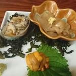 幸甚寿司 - アワビ肝和え、イカ肝和え、つまみウニ