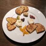 ヴェール パール ナオミ オオガキ - チーズ盛り合わせ