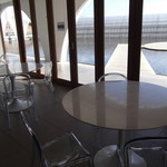 コンフィチュール アッシュ - イートインのテーブル
