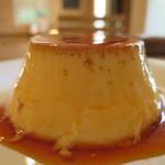 ピーシーエイチ コーヒー - ストウブ鍋で蒸した昭和プリンアップ