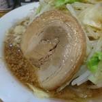 金太 - 2016年11月 ラーメン並 野菜増し、ニンニク少し 500円