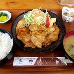 亀悦 - 料理写真:生姜焼き定食!