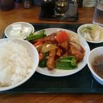 60204585 - 酢豚定食
