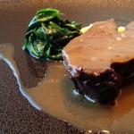 60213593 - 牛ホホ肉の赤ワイン煮込み、ポレンタ添え