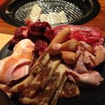 カルビ市場 - 最初のお肉盛り合わせ