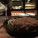 Wine Bar&Dining ペトロス - ハンバーグ ジャポネソース