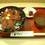 魚重 - 鉄火丼・まぐろ7枚(並)¥750