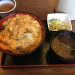 龍 i 龍 - かつ丼セット750円