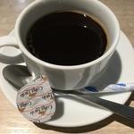 カフェ アンド -