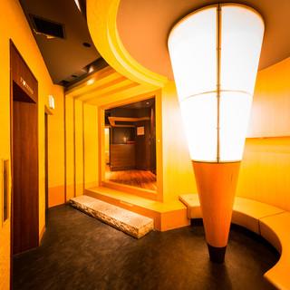 ◆最大180名様◆デザインの行き届いた大人の個室空間