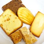 リュミエール - フロランタン、フィナンシェ、マドレーヌ、オレンジのパウンド、コーヒーパウンドケーキ
