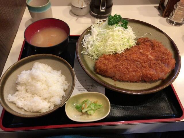 丸和 - ロースカツ定食