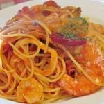 カンパーニャ - パスタ:漁師風(トマトソース) どちらかと言うと薄味だが、自分的には食べやすかった。 シーフードは新鮮で美味かった。