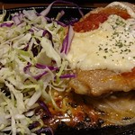 鳥と卵の専門店 鳥玉 - ガーリックチーズステーキ定食(880円),