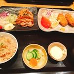 寅福 - 豚の生姜焼きと牡蠣フライ♪