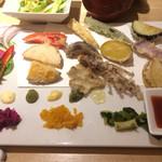 カウンターお野菜天ぷら mego - お野菜天ぷら12種
