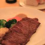 ジラソウ - ビーフサーロインのステーキ 250㌘
