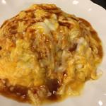 習志の - オムライス税込850円。14:30からの提供。濃くはあるけどくどさはなくて、バターの香りとふわとろ卵で優しい口当たり。