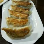 中国料理 東昇餃子楼 - 餃子