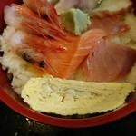 八起 - 海鮮丼(これで大盛り)500円+大盛り50円