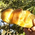 アントン - ベーコンチーズパン220円 糸瀬山でパクり!
