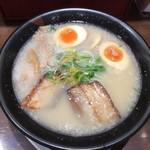 風伯 万代店 - 『味玉豚骨しお』790円