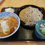 そば処大和 - 料理写真:カツ丼セット1,000円也