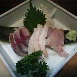 四季彩菜 - 刺盛三種。〆鯖、蛸の頭、カゴカキ鯛(地物)