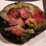 周山 - ママお手製イカスミパンのピザ風トースト
