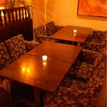 エマ ラウンジ - テーブル 4名様