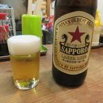 大衆酒場 よっちゃん - サッポロラガービール(大瓶)