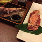 牛角ビュッフェ - イカ醤油焼きとロースステーキ(^∇^)
