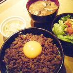 yakinikugyuubee - ランチのそぼろ丼