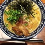 麺や 佐市 - 牡蠣ラーメン