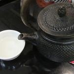 九段一茶庵 - 癇酒は鉄瓶で(2016/12)