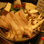 坐・和民 - イベリコ豚のキムチチゲ鍋(一人前)637円