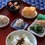 崎陽軒 - 料理写真:ハマの朝ごはん弁当の盛り付け例