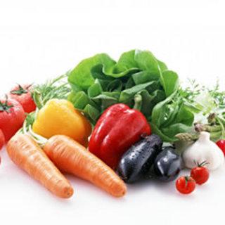 旬野菜を使ったサラダコーナーが大好評★
