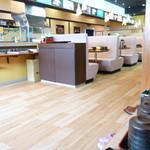 本まる寿司 - 店内の様子