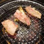 我が肉 源 - カルビ