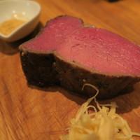GYAKUNI月島 - 蝦夷鹿もも肉のロースト